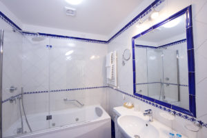 Bagno | JUNIOR SUITE Grand Hotel Excelsior Amalfi