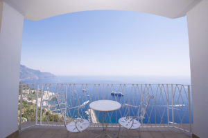 Terrace | JUNIOR SUITE Grand Hotel Excelsior AmalfiJUNIOR-SUITE-Grand-hotel-excelsior-amalfi-terrace