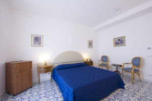 STANDARD-ROOM-Grand-hotel-excelsior-amalfi-out